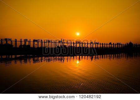 U Bein's Bridge