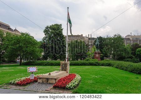 Memorial Grave 1956 Revolt
