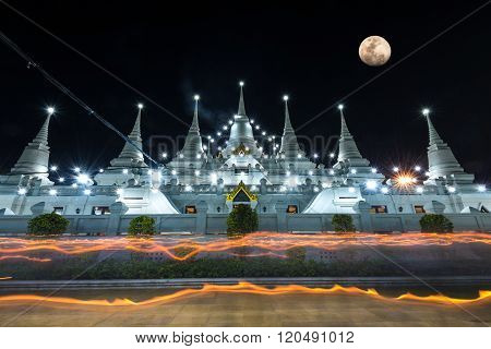Buddhist in Thailand come to pray in Magha Puja Day at Asokaram Temple, taken by long exposure techn