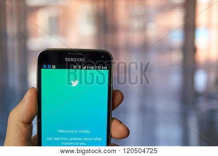 Twitter Mobile Application.