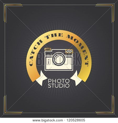 Photography Logo Design Template. Photography Retro Golden Badge. Photo Studio