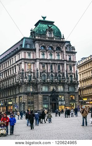 People Are Walking On The Stephansplatz Square In Vienna, Austria
