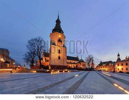 Marii Panny Square With Bell Tower Cathedral In The Evening. Kielce