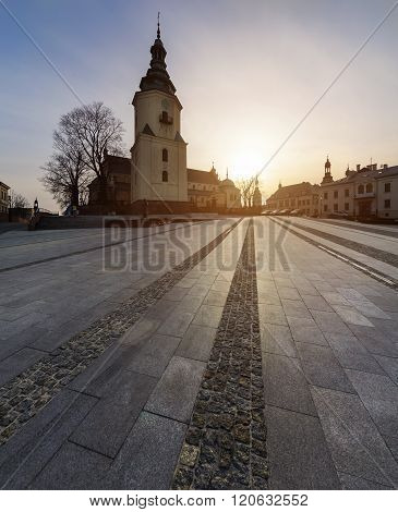 Marii Panny Square With Bell Tower Cathedral In Kielce.