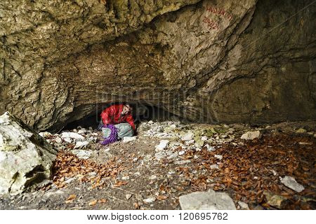 man ready to explore a cave caver