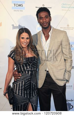 MALIBU - MAR 5: Bonnie Jill Laflin, Kareem Rush at the Children International Charity's 'Share The Love Around The World' Fundraiser at Rocky Oaks Malibu on March 5, 2016 in Malibu, California