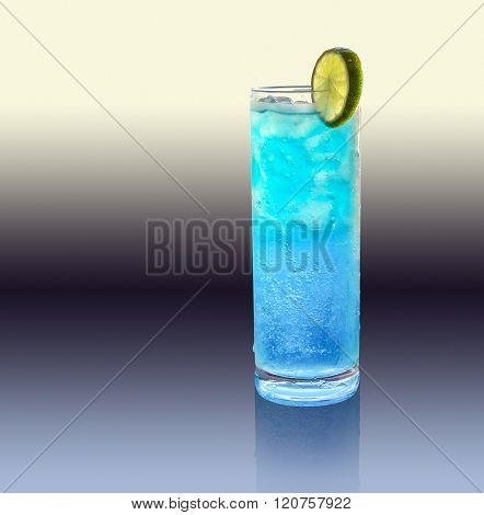 Blue Longdrink With Lemon