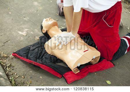 CPR training - Heart massage