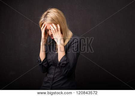 Woman with head ache