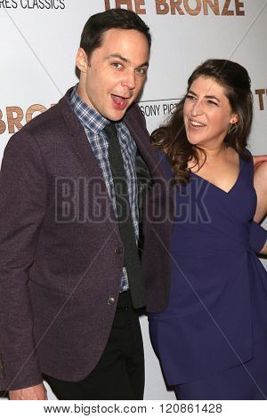 LOS ANGELES - MAR 7:  Jim Parsons, Mayim Bialik at the The Bronze Premiere at the SilverScreen Theater at the Pacific Design Center on March 7, 2016 in Los Angeles, CA