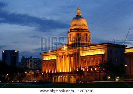 city hall in singapore