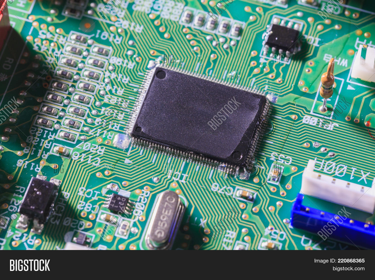 Computer Chip On Green Image Photo Free Trial Bigstock Stockfoto Printed Circuit Board Pcb Used In Industrial Electronic Or With Compone