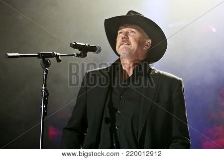 NEW YORK, NY - NOVEMBER 29: Musician Trace Adkins performs at America Salutes You and Wall Street Rocks Presents Guitar Legends For Heroes at Terminal 5 on November 29, 2017 in New York City.