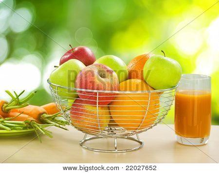 Gesunde Ernährung. Bio-Obst und Gemüse
