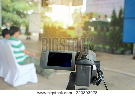 Preparation camcorder for recording movies the community  parcipication .