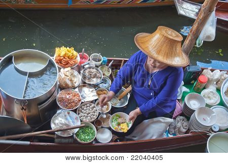 Thai Style Noodle In The Boat