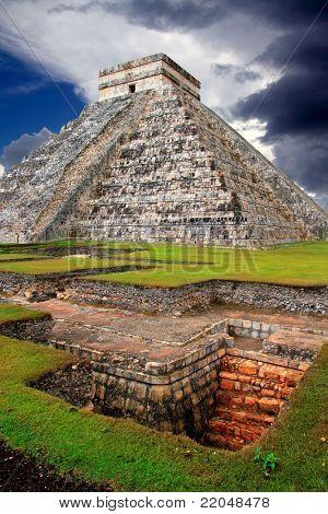 Chichen Itza Kukulcan Mayan Pyramid El Castillo over underground excavation