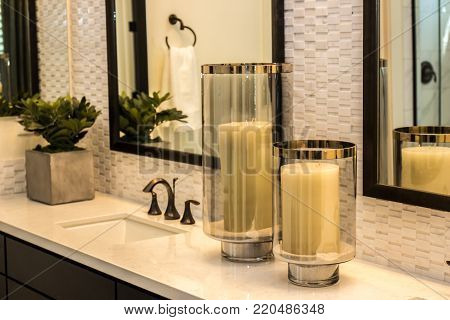 Modern Bathroom Counter With Candles & Glass Containers