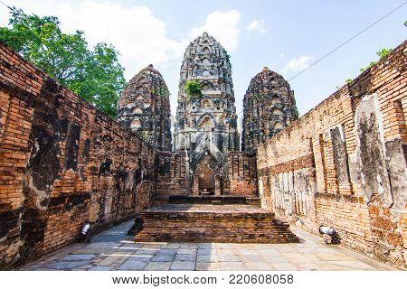 Wat Si Sawai (Sri Savaya) in Sukhothai A big Khmer style temple in Sukhothai. of big temples in Sukhothai Historical Park.  Sukhothai THAILAND. poster