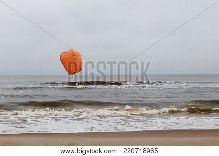 the sea is torched balloon and wasted