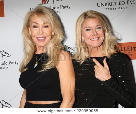 LOS ANGELES - JAN 5:  Linda Thompson, Tonya York Dees at the Unbridled Eve Derby Prelude Party Los Angeles at the Avalon on January 5, 2018 in Los Angeles, CA