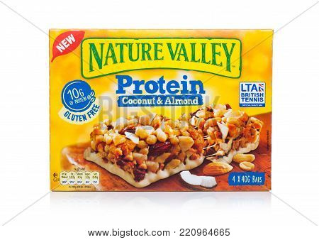 London, Uk - January 02, 2018: Nature Valley Crunchy Granola Protein  Bars With Coconut In A Box Wit