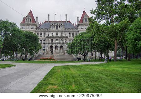 New York State Capital Building Entrance And Grounds
