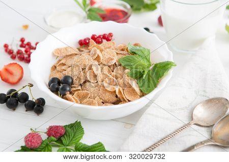 Multigrain Wholewheat Healthy Cereal. Healthy Tasty Breakfast Multigrain Wholewheat Healthy Cereals