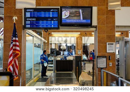 Bloomington,il/usa-8/25/19: The Luggage Xray Machine At The Tsa Security Check Point At A Regional A