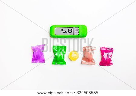 Blood Sugar, Glucose Measurement Equipment, Blood Glucose Meter With 5.8 Glucose Reading With Hard C