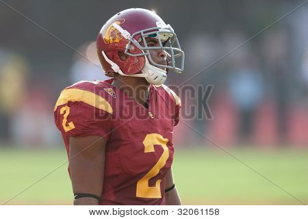 LOS ANGELES - SEP 17: USC Trojans WR Robert Woods #2 during the NCAA Football game between the Syracuse Oranges & the USC Trojans on Sep 17 2011 at the Memorial Coliseum.