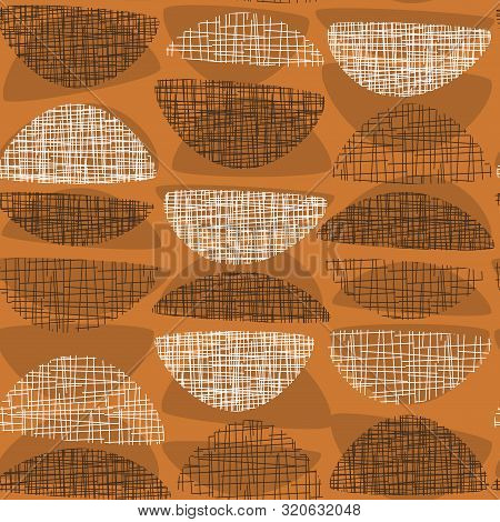 Geometric Mid-century Style Orange Textured Rapport. Atomic Age 50s Vibes Simple Seamless Pattern. A