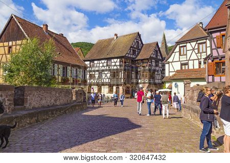 14.08. 2019. Small Town Kaysersberg, Region Alsace. France. Colorful  Street Of Medieval Centre At S