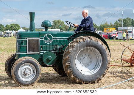 Haselbury Plucknett.somerset.united Kingdom.august 18th 2019.a Restored Vintage Field Marshal Tracto