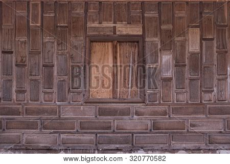 Reclaimed Wood Wall Paneling Texture Thai Style