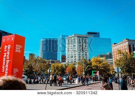 Grand Rapids, Mi/usa - October 10th 2015: Downtown Grand Rapids During Artprize