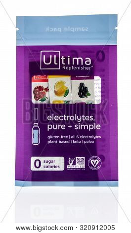 Wnneconne, Wi - 3 September 2019:  A Package Of Ultima Replenisher Electrolytes Drink Mix On An Isol