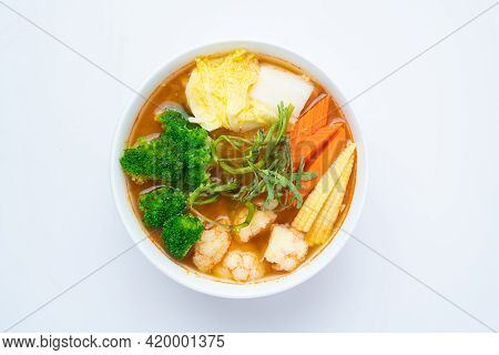 Mixed Vegetable In Sour Soup Made Of Tamarind Paste With Shrimps And Vegetable Omelet - Asian Food S