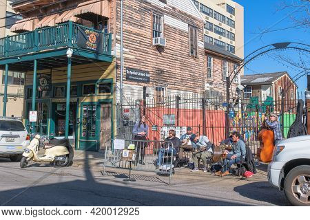 New Orleans, La - January 17: Traditional Jazz Band Plays On The Sidewalk Outside The Spotted Cat Mu