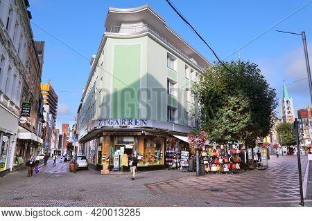Gelsenkirchen, Germany - September 17, 2020: People Visit Bahnhofstrasse, A City Street In Gelsenkir