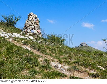 View Of Fort Diamond (forte Diamante) In The City Of Genoa Mura Park Trail (parco Delle Mura), Genoa
