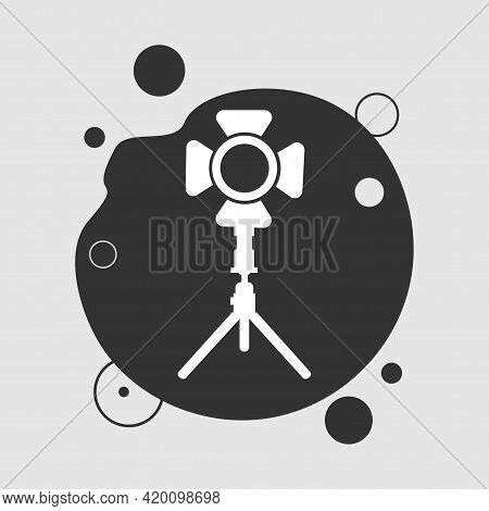 Photo Spotlight Simple Vector Icon. Spotlight Icon
