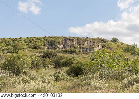 The Ruins Of An Old Building Near The Maresha City In Beit Guvrin, Kiryat Gat, In Israel