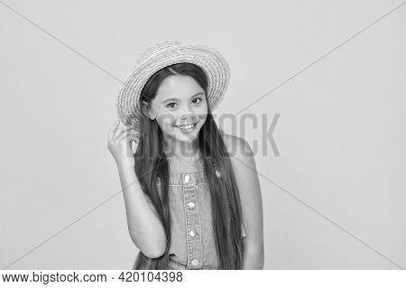 Enjoying Vacation. Good Vibes. Beach Style. Little Beauty In Straw Hat. Portrait Of Happy Cheerful G