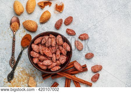 Almond. Crispy Roasted Almonds In Brown Sugar With Cinnamon. Sugared  (caramelized) Nuts In A Bowl A
