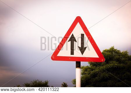 Indian Road Cautionary Sign Indicating Changed Pattern Of Traffic Operation Of The Carriageway. Sign