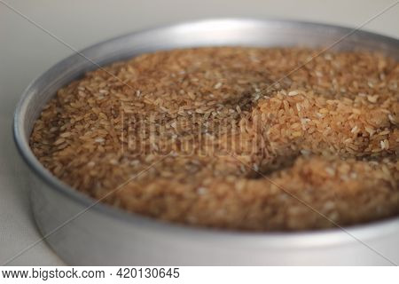 Adulterated Kerala Red Rice Mixed With Cheaper White Rice.