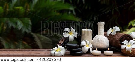 Thai Spa Massage. Spa Treatment Cosmetic Beauty. Therapy Aromatherapy For Care Body Women With Candl