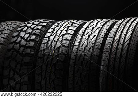 4 Wd Suv Allroad Tires, All Terrain Tire Stack Row, Mud Crossovers Wheel