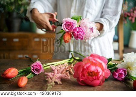 Fresh flowers decoration arrangement by florist